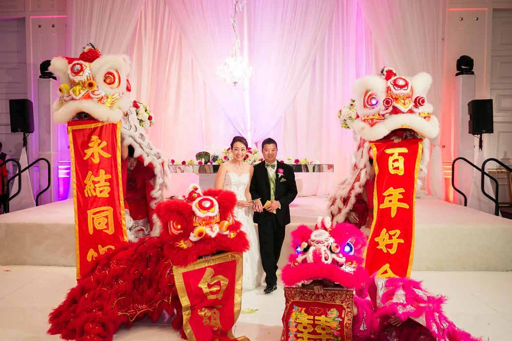 Chinese-Wedding-Traditions-Feature-Dragon