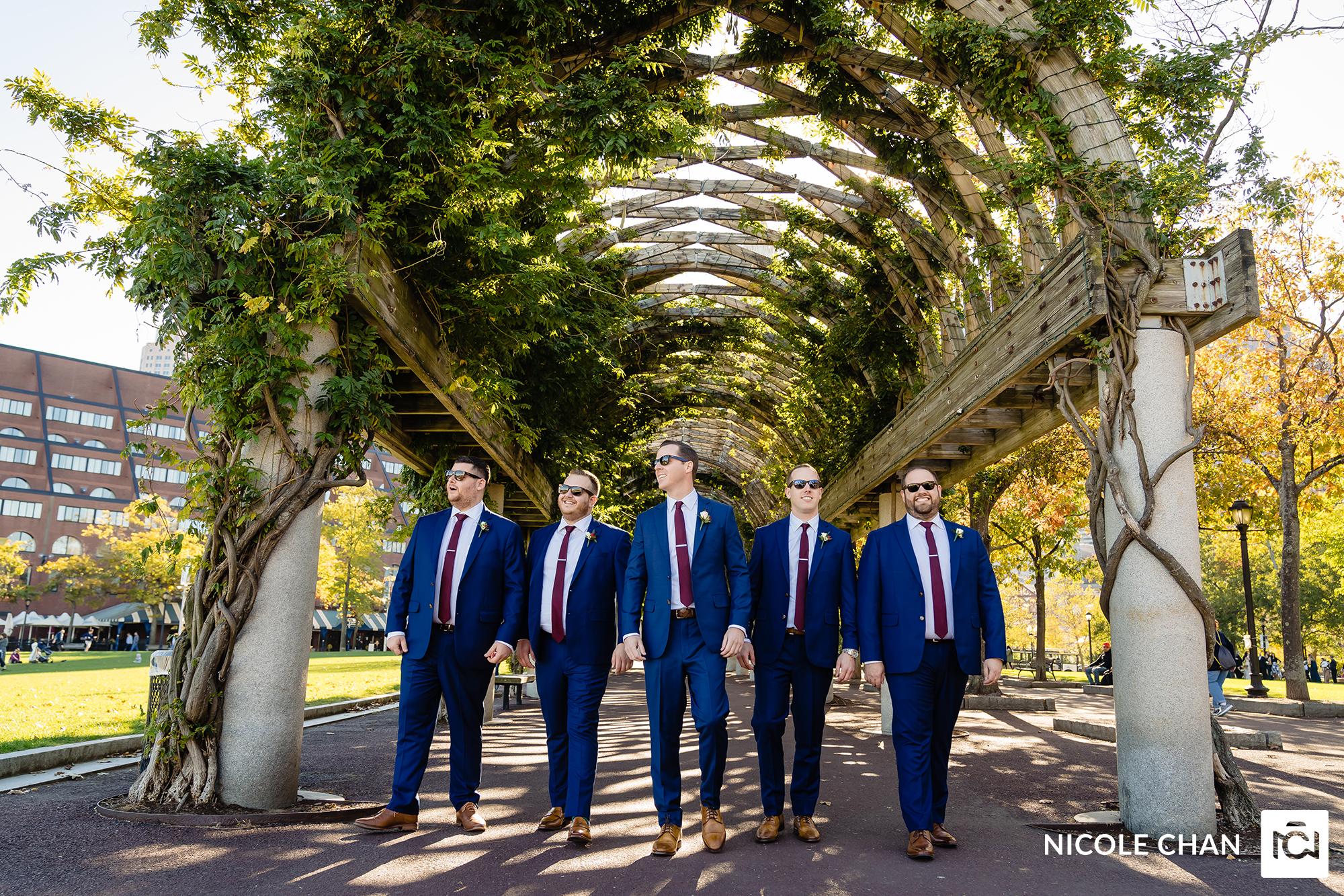 number-of-groomsmen-nicole-chan-photography