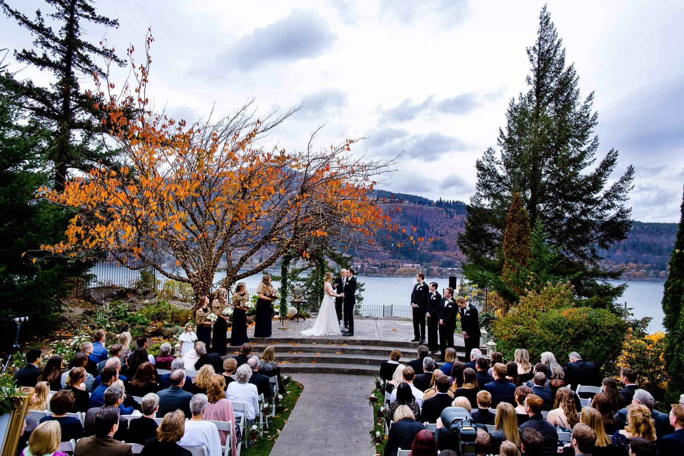 columbia gorge hotel wedding jos and tree photography